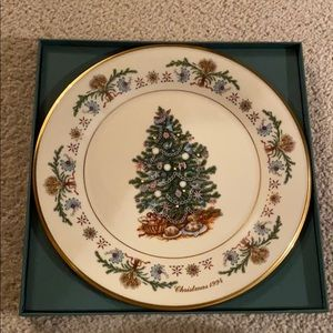 Lenox Christmas Trees Around the World - 1994